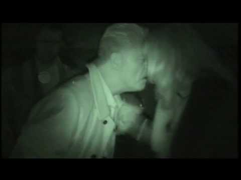 Derek Acorah Gets Violent With Yvette Fielding (Most Haunted LIVE)