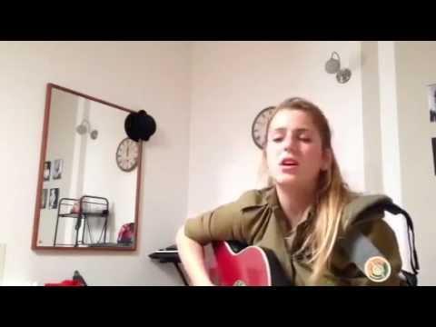 Israeli soldier girl singing (IDF female soldiers sings songs women singer army israel)