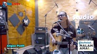 Yan Machmud Bawakan Lagu Angsa Putih di Malam Amal Virtual Tribuners Peduli