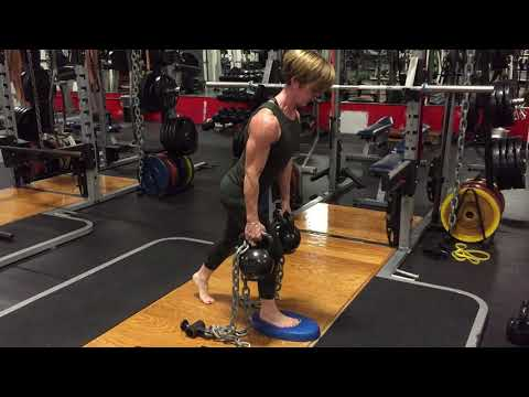 split-stance-rdl-and-row-with-kettlebells-and-chains