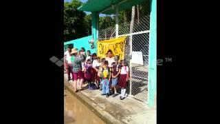 Cierre de escuela en Zanatepec, Oaxaca.
