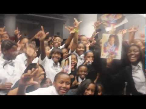 Lee Mazin visits Discovery Charter School