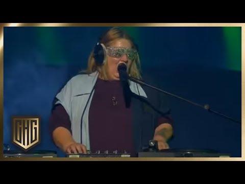 Sabine Does Sings David Guetta | Circus HalliGalli | ProSieben