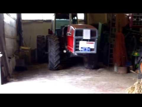 International 3588 + more old tractor parts... IH Farmall Museum Berkel NL.