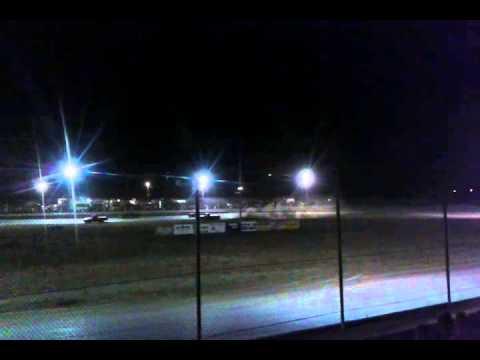 Jesse's Main Madras Speedway 5/8/15