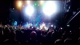 Slash Live ?!*@ Rockefeller playing Welcome to the jungle