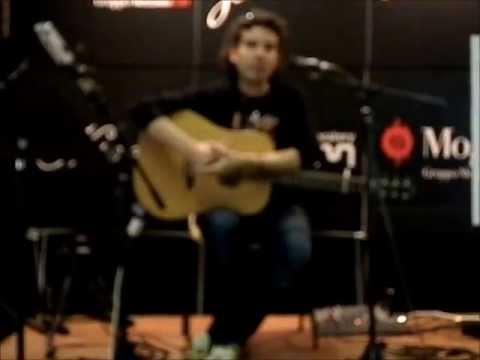 Fabio Anicas (Massimo Varini) - Carisch - Acoustic Guitar Meeting 2013 - Live Music Academy