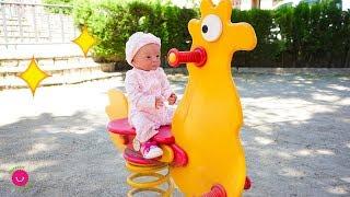 Обложка на видео - Lindea y Leo juegan en el Parque infantil - Bebés Reborn