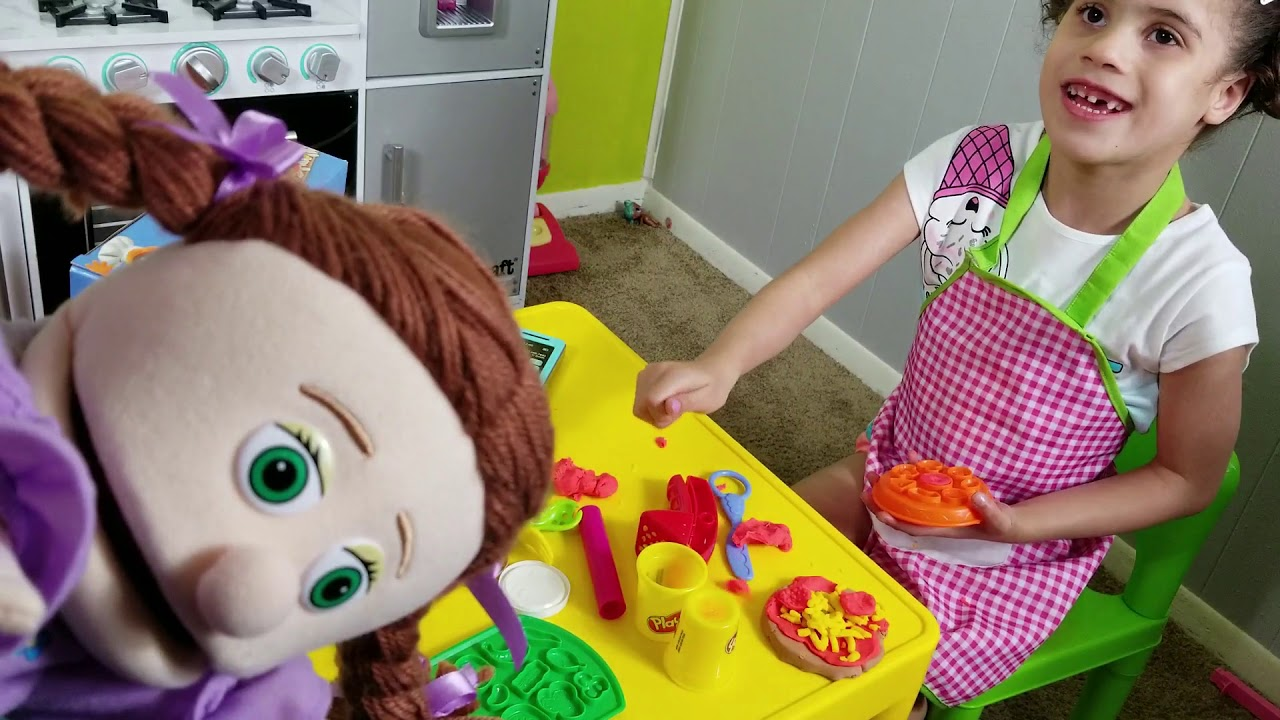 GABRIELLA PRETEND PLAY PLAY DOH PIZZA MAKER TOY SET | PRETEND PLAY
