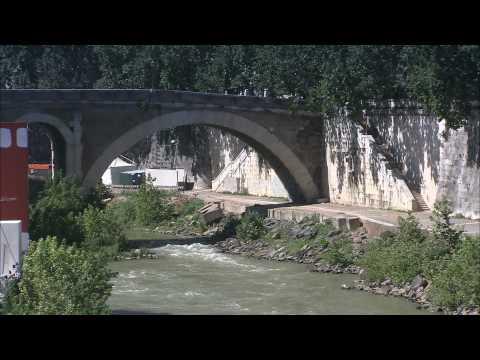 HD 1080 - Italy - Rome - A walk to Tiber Island in Rome