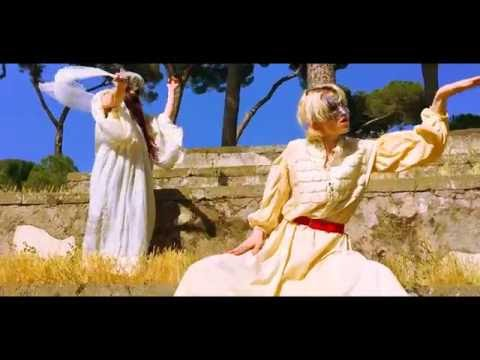 Grimes - Butterfly [Official Video]