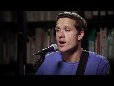 Walker Hayes - You Broke Up With Me - 10/30/2017 - Paste Studios, New York, NY