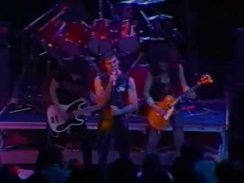 TRUST live 1980.