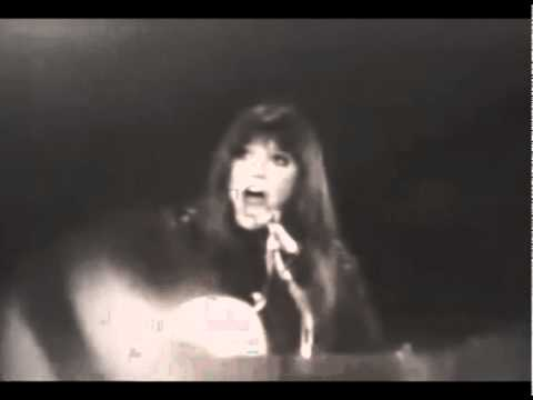 MELANIE SAFKA Ruby Tuesday v1