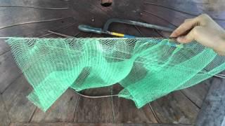 Лайфхак для рыбалки! Как сделать сетку для ловли креветок и мелкой рыбы(, 2016-05-09T10:24:08.000Z)