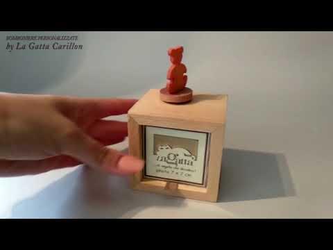 ORSETTO carillon bomboniera ( carioncino e porta foto) da collezionare - Micky Mouse