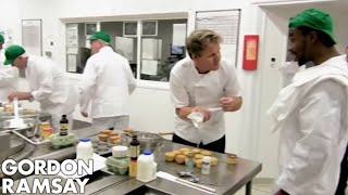 Dangerous Prisoners Making Cupcakes | Gordon Behind Bars