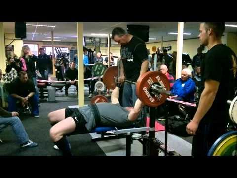 Dirk Gerbens 180kg raw benchpress 01-06-13 Bodyzone Sint Maartensdijk