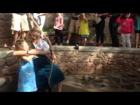 Merida Walt Disney World bow and arrow 2016 WDW Fantasy Land meet and greet bear