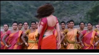 kajal agarwal hot navel saree pressed and enjoyed