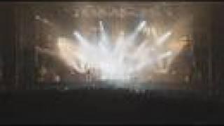 A banda Quruli tocando um dos maiores hits deles no mega show de ro...