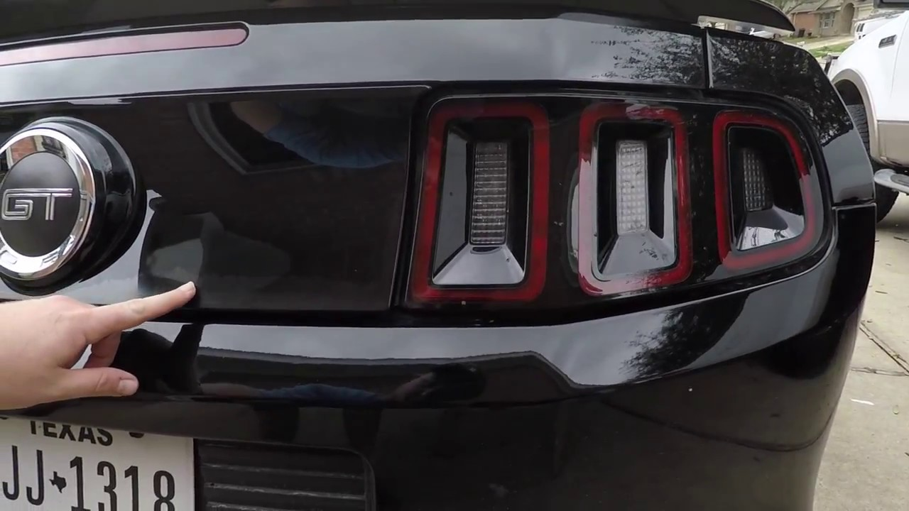 Wrapping My Mustangs Deck Lid Panel With 3m Carbon Fiber Youtube