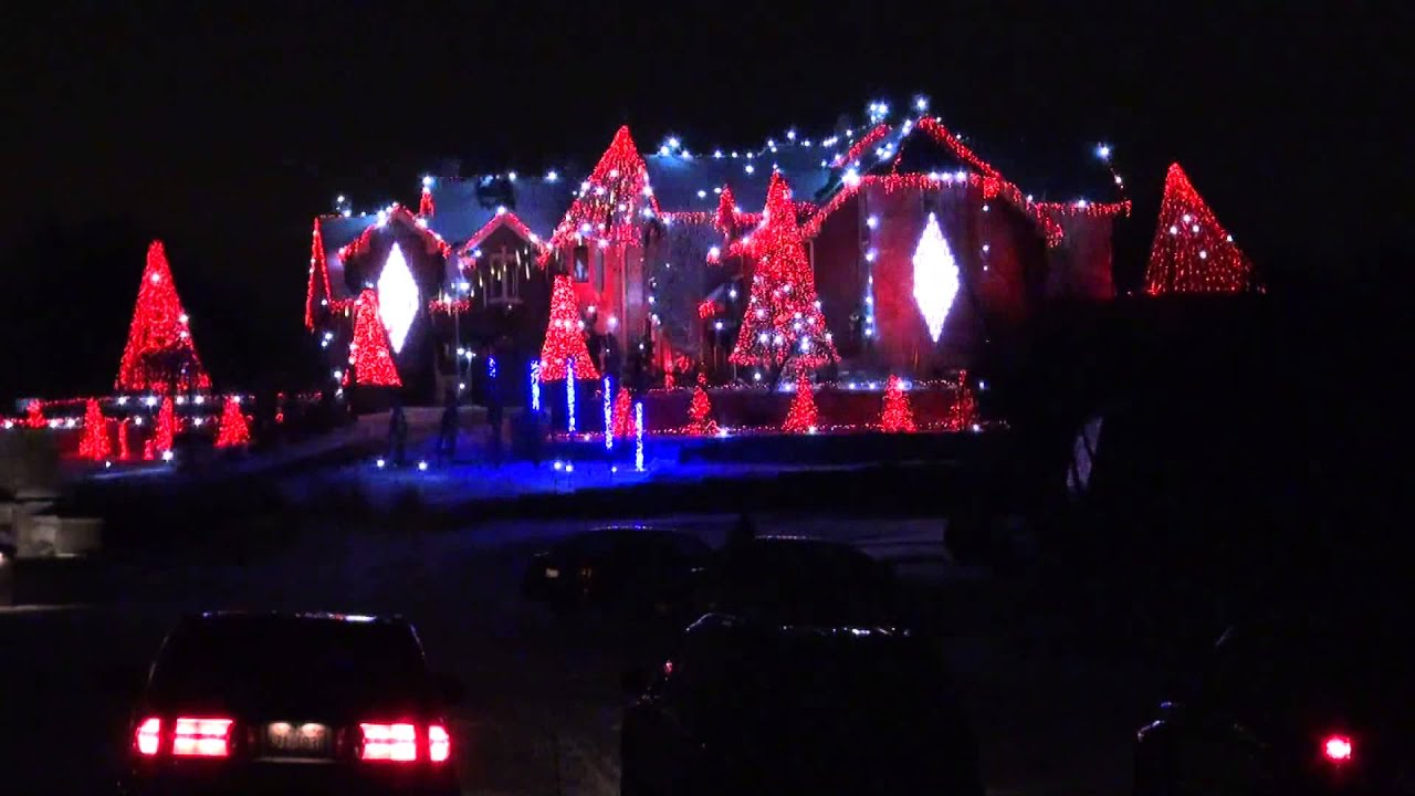 The Great Christmas Light Fight WINNER - YouTube