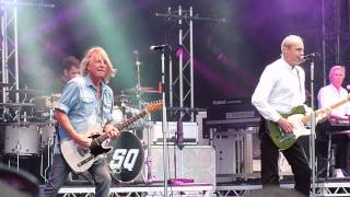 Status Quo - Paper Plane, live @ Download Festival 2014