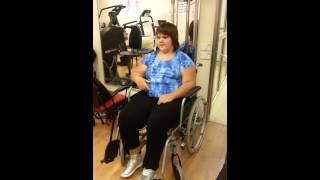 Яна Мазурок. Вот так ее тренируют, чтобы она пошла своими ножками(, 2013-08-06T06:08:37.000Z)