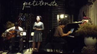 QUÊ NGHÈO ( Phạm Duy ) guitar : Anh Sĩ . Piano và thổi sáo : anh Xuân Quang . Tiếng hát : Kim Bồng
