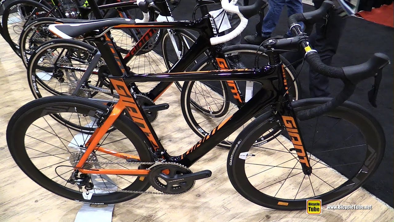 2016 Giant Propel Advanced Pro Road Bike Walkaround 2016 Salon