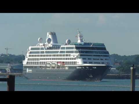 Azamara Quest Leaving Southampton
