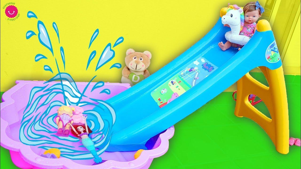 Neala juega con el TOBOGÁN de AGUA y juguetes de verano ☀️