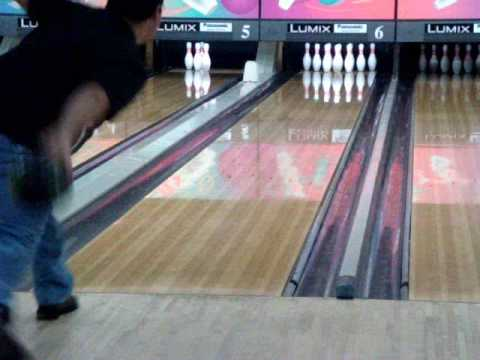 Motiv SX1  bowling ball on short pattern