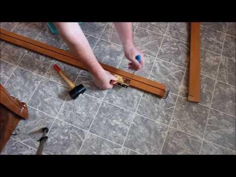Как вставить межкомнатную дверь с коробкой своими руками видео