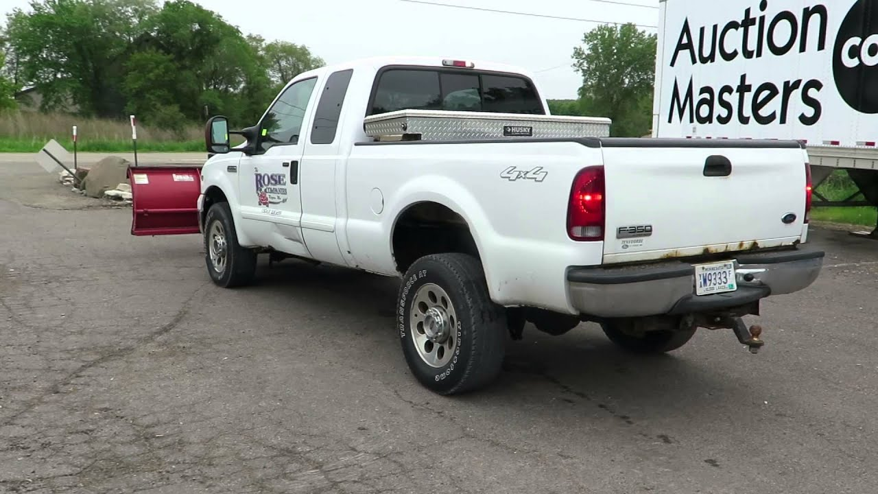 Lot 8 2006 Ford F350 Truck 4 Door Extended Cab V 10 Engine 6