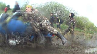 """""""море грязи"""" прохват на мотоциклах Урал по весеннему лесу"""