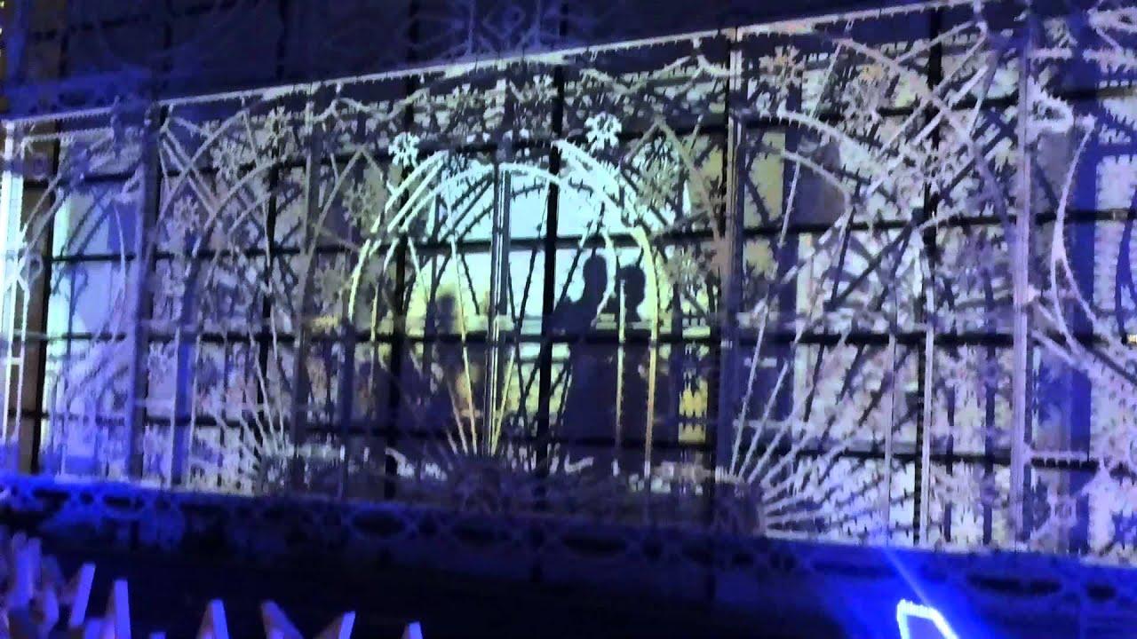 2013年沙田新城市廣場天臺花園聖誕燈飾投射表演! - YouTube