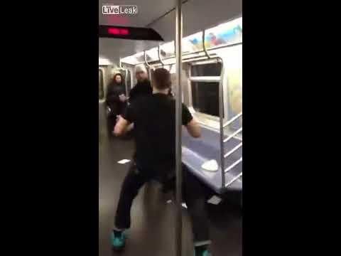 Драка в метро