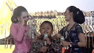 Download lagu TATU - Arda bikin Apri Nangis. Pegawai Pajak DIY iuran tali kasih Rp3jt utk Arda. Cipt. Didi Kempot