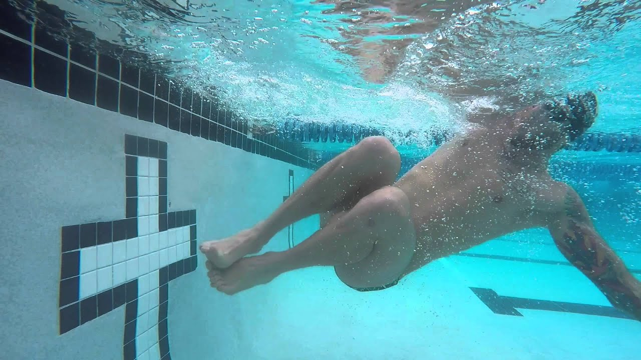 How to Do an Open Turn in Swimming