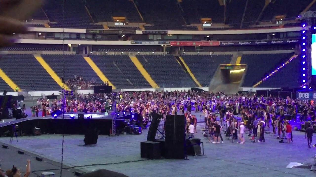 Rihanna Frankfurt Commerzbank Arena