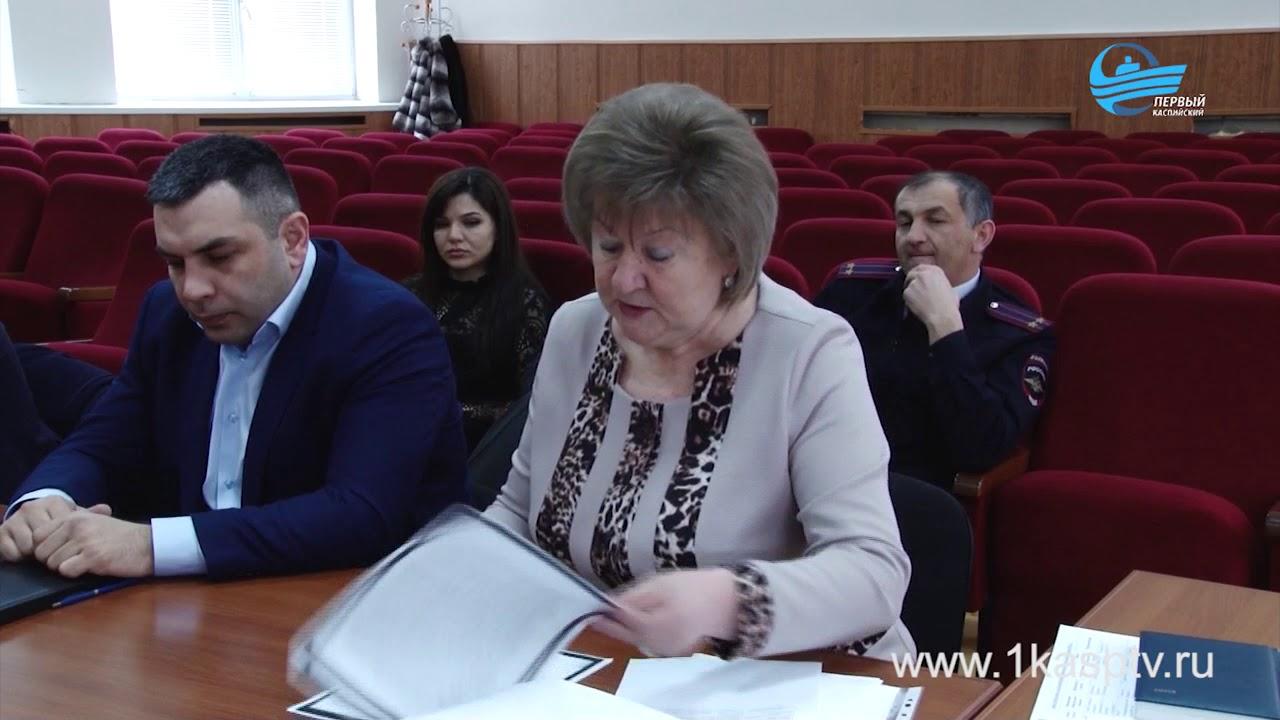 Готовность избирательных участков Каспийска обсудили на муниципальном уровне