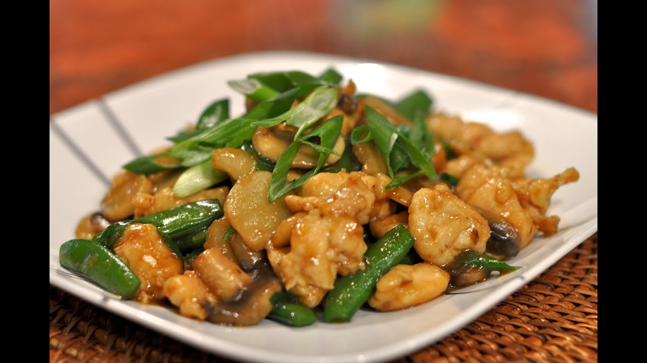 Wok Cooking Recipe for Moo Goo Gai Pan _ Stir-fried Chicken and ...