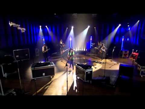 Demi Lovato - Don't Forget (Live Walmart Soundcheck 2009) [1/6]