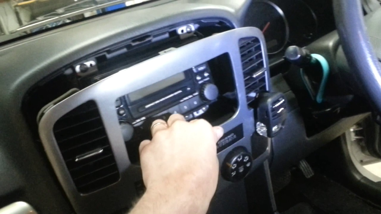 How To Remove The Radio Form A Suzuki Grand Vitara 2005