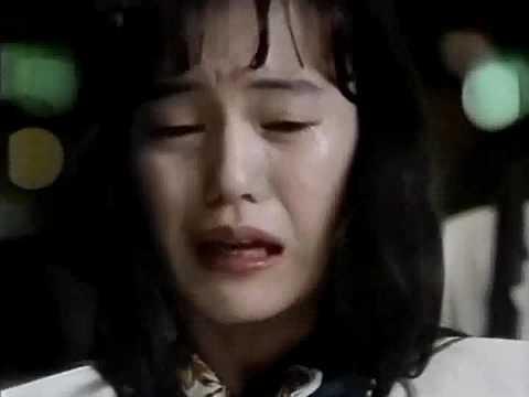 1989年放送のKDD国際電話CM。出演の奥貫薫さんが号泣きのCMです。奥貫薫さんの号泣きシーンは印象的な場面です。