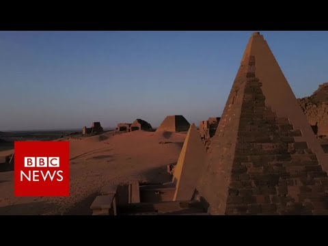 Young Sudanese rediscovering the country's ancient history - BBC News