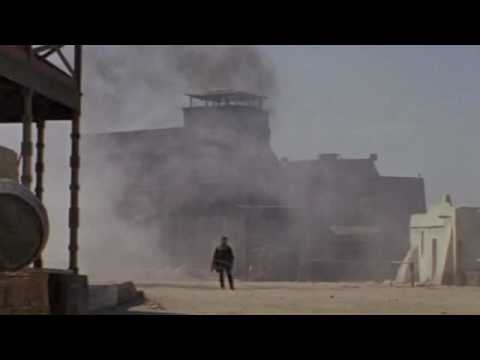yojimbo vs a fistful of dollars Wherein i contrast and compare kurosawa's yojimbo with leone's a fistful of  dollars.
