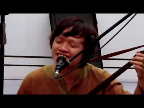 Tiếng Việt. N: Lê Tâm; L: Lưu Quang Vũ; BD: Ngô Hồng Quang Luala concert